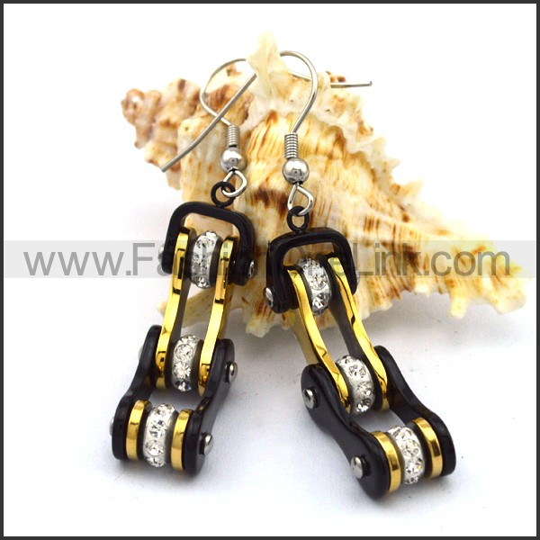 Black and Gold Biker Earrings    e001068