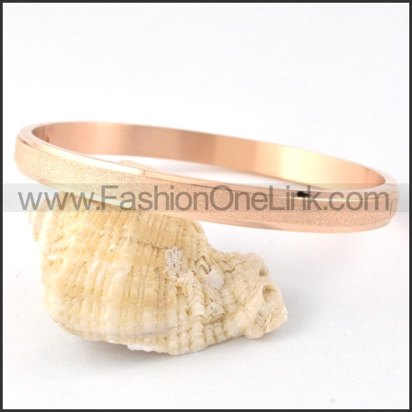 Polishing Rose Gold Couple Bangle b000417