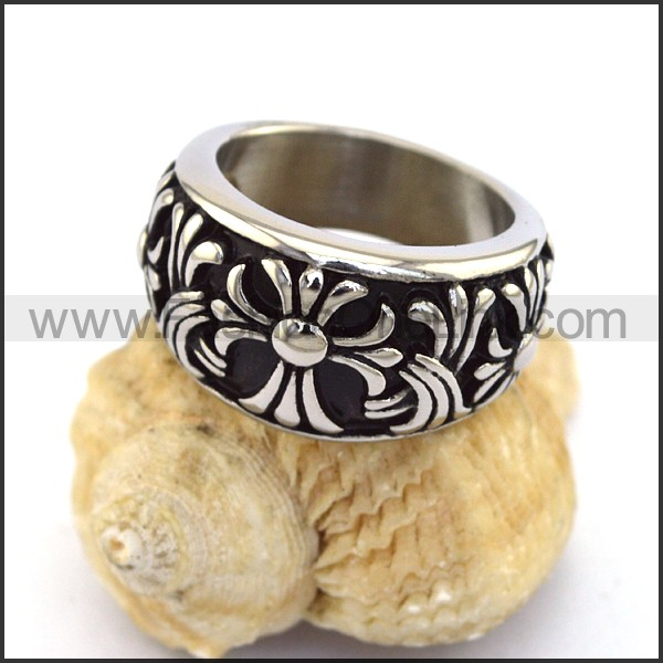 Stainless Steel Cross  Ring r003373