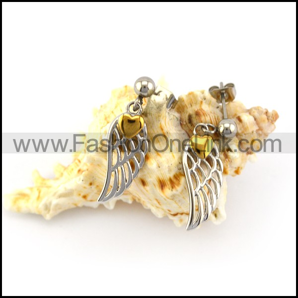 Hollow Wing Earring with Golden Heart for Girls e001360