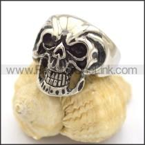 Delicate Skull Ring  r001909