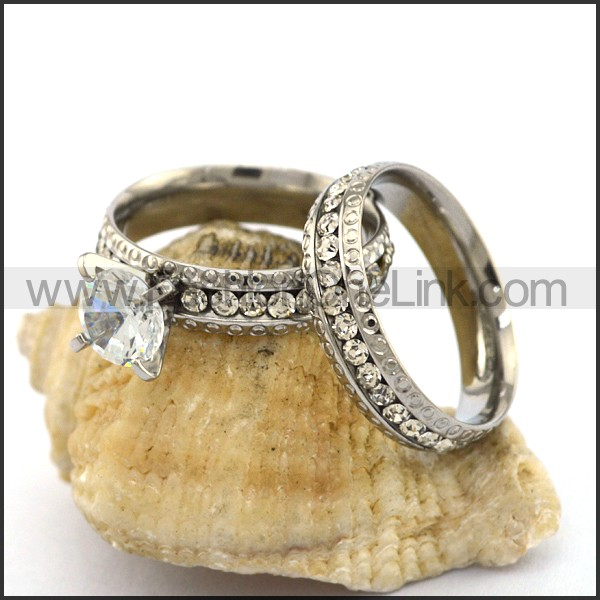Exquisite Stainless Steel Stone Ring  r003139