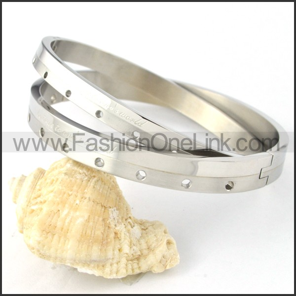 Silver Small Round Holes Couple Bangle b000430