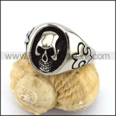 Exquisite Stainless Steel Skull Ring  r002881
