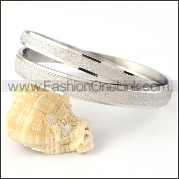 Polishing Silver Couple Bangle b000415