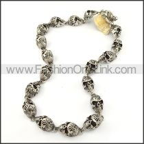 Exquisite Skull Necklace       n000204