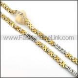 Unique Interlocking Chain Plated Necklace   n000076