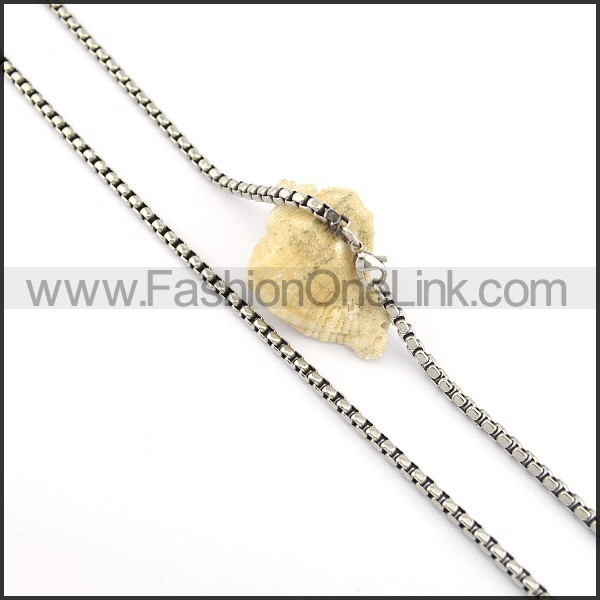 Delicate Small Chains n000656