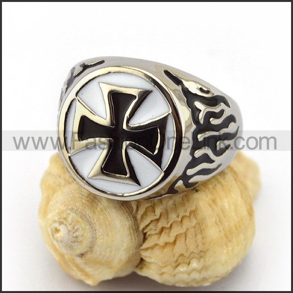 Stainless Steel Cross Ring  r003519
