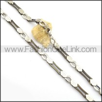 Graceful Black and Silver Plated Necklace n000831