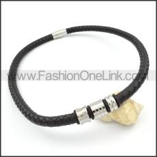 Decent Black Leather Necklace   n000098