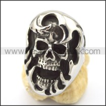 Delicate Stainless Steel Skull Ring   r001989