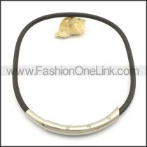 Black Rubber Necklace with Stainless Steel Collar n000978