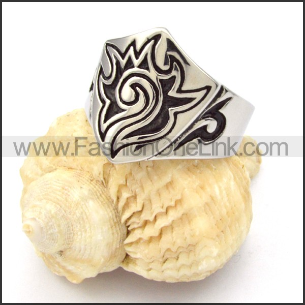 Stainless Steel Totem Design Ring r000338