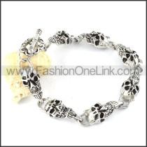 Delicate Stainless Steel Skull Bracelet b000347