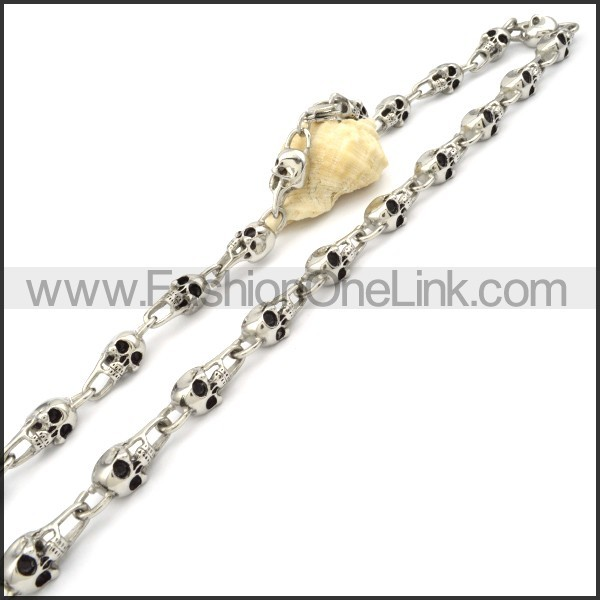 Unique Skull Necklace n000083