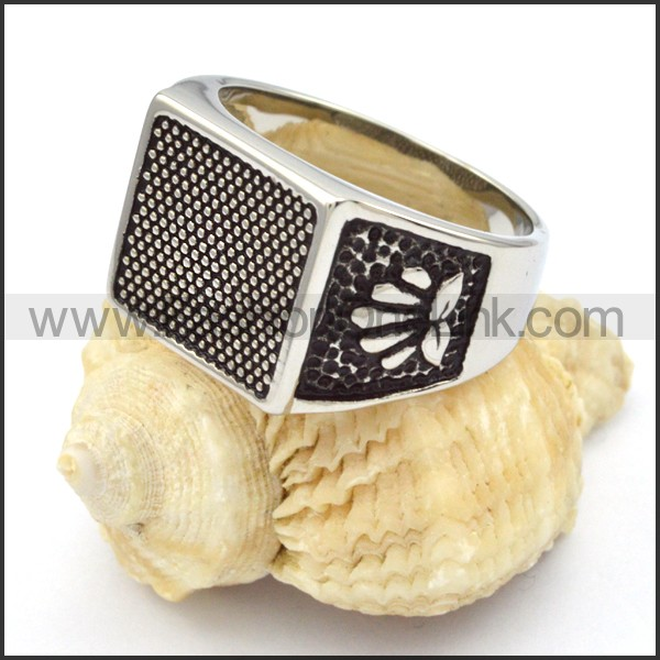 Stainless Steel Square Design Ring r000336