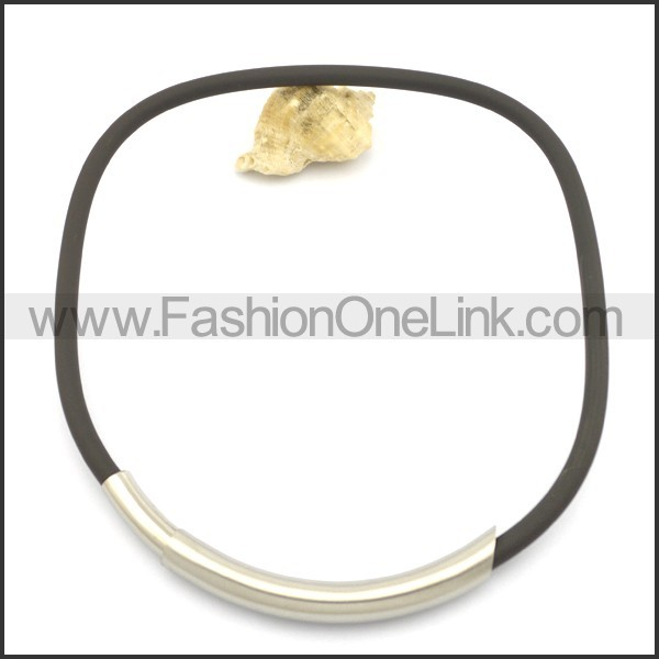 Black Rubber Necklace with Stainless Steel Collar n000977