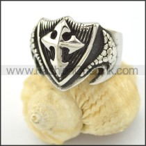 Dlicate Cross Ring r001575