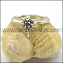 Graceful Stone Ring r002211