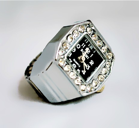 Silver Crystal Stone Ring Watch PW000091