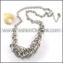 Interlocking Chain Necklace     n000025