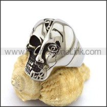 Delicate Stainless Steel Skull Ring  r003159