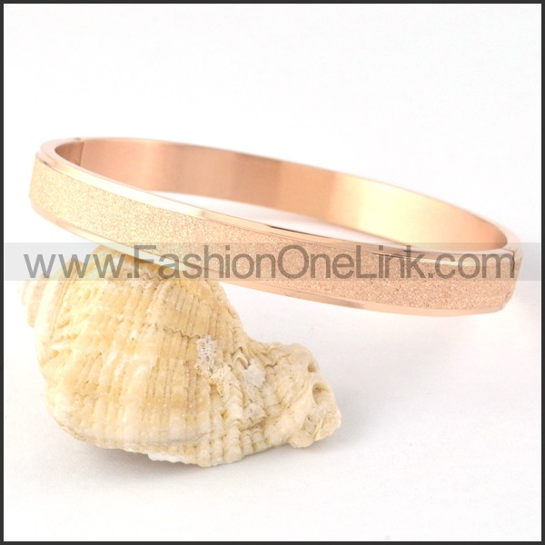 Polishing Rose Gold Couple Bangle b000416