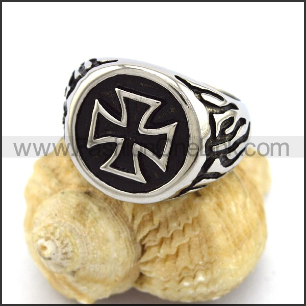 Stainless Steel Cross  Ring r003369