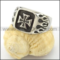Dlicate Cross Ring r001568