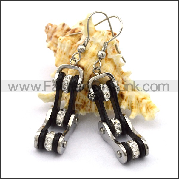 Fashion Stainless Steel Biker Earrings    e001065
