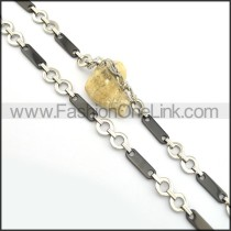 Delicate Black and Silver Plated Necklace n000833