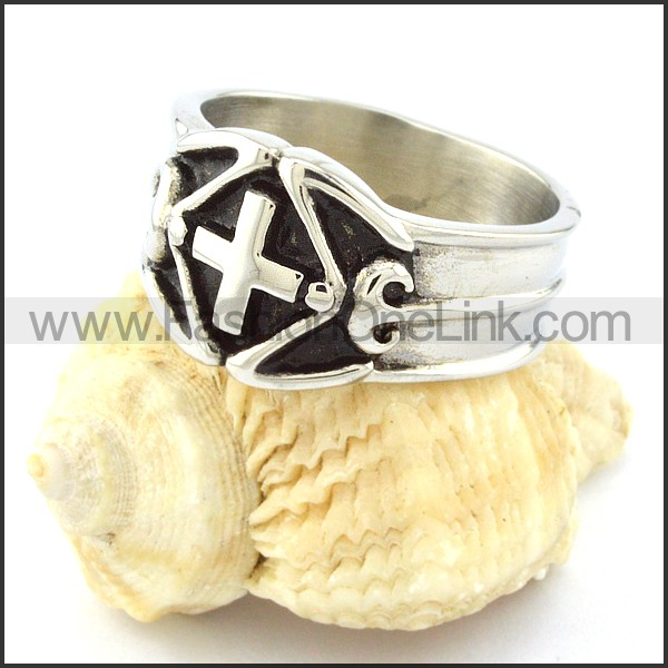 Stainless Steel Hot-selling Cross Ring r000642