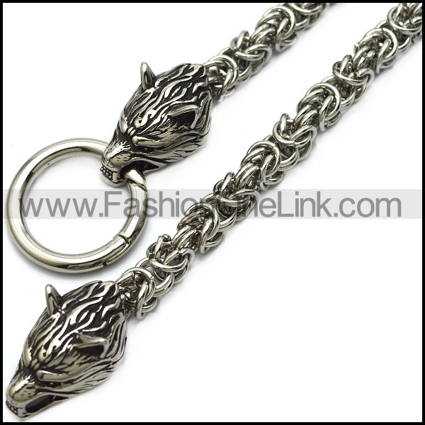 600mm long chainmaille chain necklace with two wolf heads and connector ring n002363