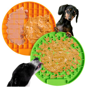 Kalevel Pet Licking Pad Dog Bath Peanut Butter Lick Mat 2 Pack 7.9in Silicone Slow Treat Dispensing Mat Cat Distraction (Green + Orange)