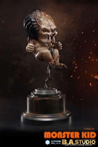 【In Stock】Core Play The Baby Predator Resin Statue