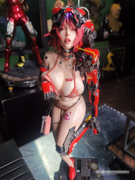 【Pre order】Queen Studios  THANK GOD IT'S FRIDAY  TGIF No.1 Cyber Robot Girl 1/3 Resin Statue Deposit(Copyright)