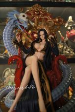 【In Stock】SkyLine One-Piece Boa Hancock on The Throne 1/4 Scale Resin Statue