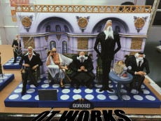 【Pre order】OT works One-Piece World Government Gorosei Resin Statue Deposit