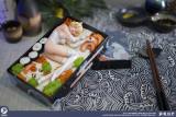 【In Stock】eopstudio The Food Girl Resin Statue